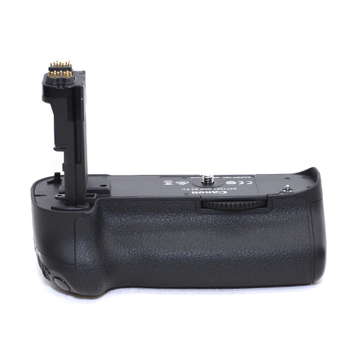 캐논 BG-E11 BATTERY GRIP 정품 95% (5D MK3용)