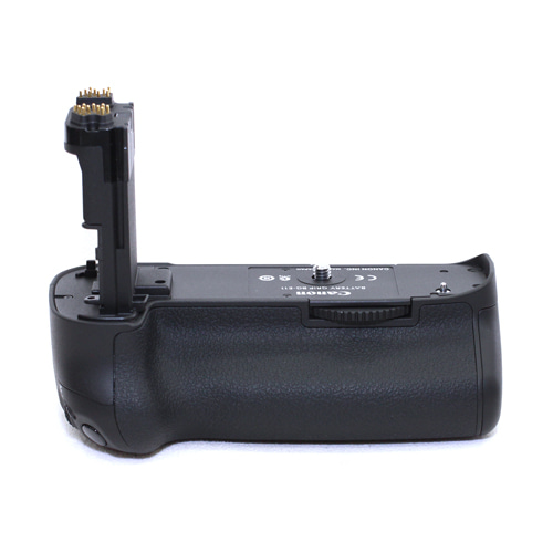 캐논 BG-E11 BATTERY GRIP 정품 97% (5D MK3용)